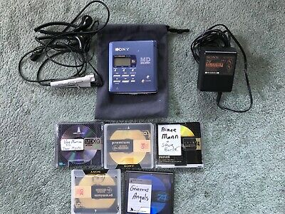 Sony MD Walkman. Portable Mini disc recorder. 1998 MZ-R55. With 5 MD'S + Headset