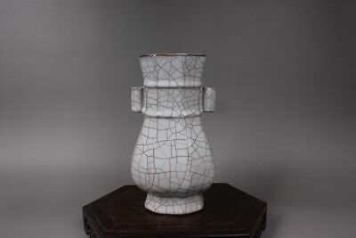 Chinese Ancient Song Dy Guan Kiln white Porcelain Eight edges Vases