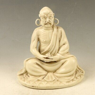 Chinese Exquisite Porcelain Handwork Carved Arhat Statue SH016