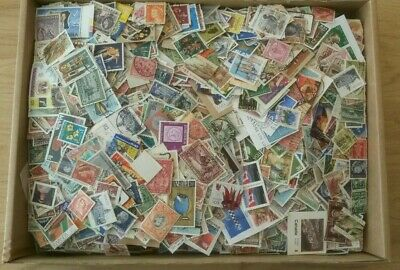 8,500+ COMMONWEALTH STAMPS HUGE KILOWARE - 778g - MAINLY USED ON AND OFF PIECE