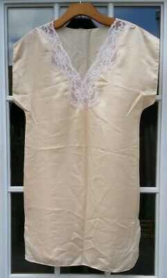 Vintage Victoria Secret Short Sleeve Nightgown Gown Lace Cream Nude