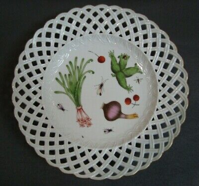 Scarce Antique HEREND Porcelain Hand Painted RETICULATED PLATE 19th Century