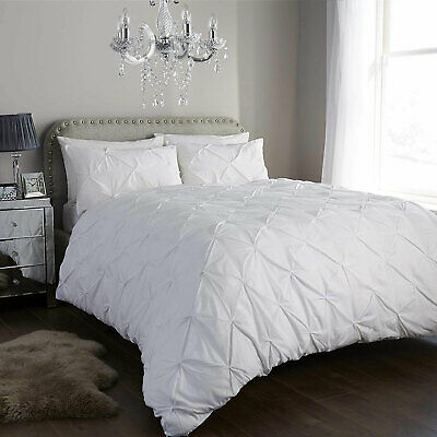 White Bedding Set With Duvet Cover Double Size Quilt With 2 Pillow Shams Pintuck