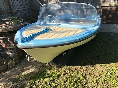 3.65M fiberglass boat with rego, good cond - will sell to the high bidder.
