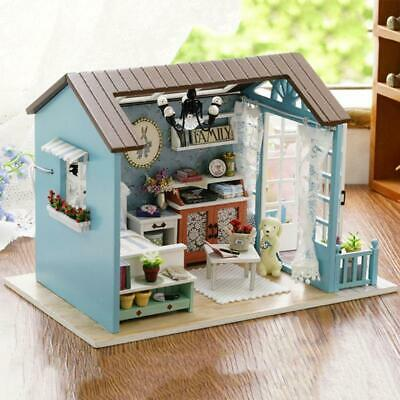 Wooden Dolls house DIY Model Toy mini Furniture Hand-made doll house New Design