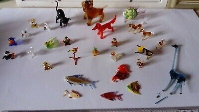 Selection of 28 small, collectable glass animals