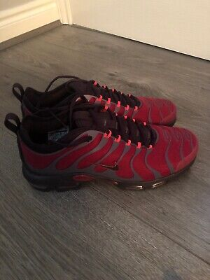 new product 41e06 b998f NIKE AIR MAX Plus TN Ultra in Burgundy