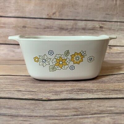 Vintage Corning Floral Bouquet Yellow Flowers Casserole 2 3/4 Cup P-43-B