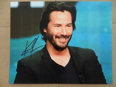 """Keanu Reeves Signed //Autographed Photo """"John Wick 2017"""""""