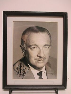 "SIGNED Walter Cronkite 7x9"" Photo AUTOGRAPHED Picture -CBS News TV Journalist"