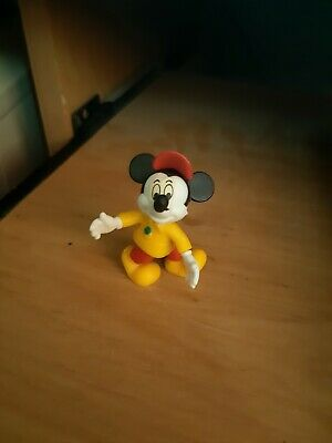Mickey kinder surprise