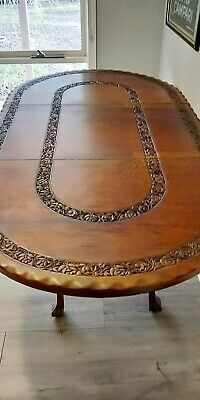 Stunning Vintage carved extendable dining table - ball & claw feet