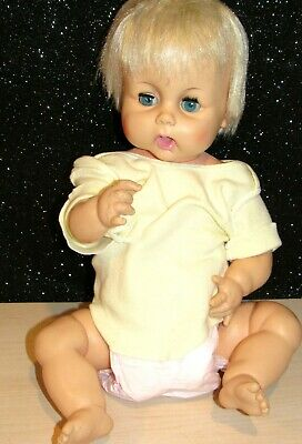 """Vintage 1960s Baby Doll HORSMAN 17"""" THIRSTY BABY Drink & Wet all vinyl BEAUTIFUL"""