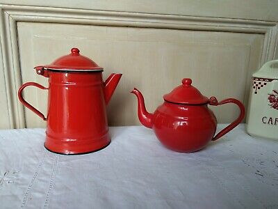 Lot CAFETIERE ET THEIERE TOLE EMAILLEE ROUGE - VINTAGE