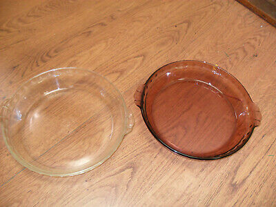 "2 Vintage Glass Pyrex 229 Deep Dish Fluted 9.5"" Pie Dishes Pink & Clear"