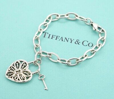 TIFFANY&Co Filigree Heart Key Charm Bracelet Sterling Silver 925 Bangle a57