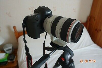Canon EF 70-300mm F/4-5.6 L IS USM Lens only -White excellent unmarked condition