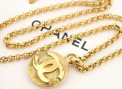 "CHANEL CC Logo Round Necklace 31"" Gold Tone Vintage"