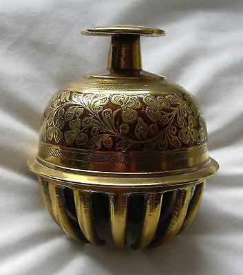 Vintage Large Indian Brass Claw Bell,Temple Bell, 9cm high (ref 3927)