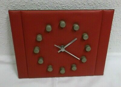 60er 70er Wall Clock Watch Leatherette Red Quartzwerk Clock 60s 70s Vintage