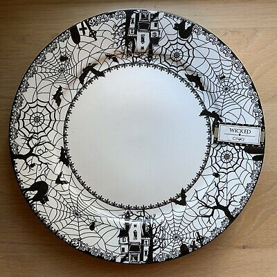 (4) Ciroa Wicked Haunted House Spider Halloween Salad Plates 11 in. Last Pieces