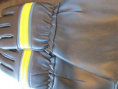 vintage motorcycle gloves  greeves go getter ? made in 1970s