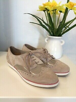 Clarks Somerset Suede Brogue Flat Shoes Size 7 Uk (Eur41) Worn Once