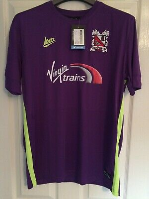 Darlington Football Club AVEC Away Shirt  BRAND NEW with tags Size Large FC