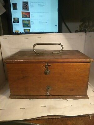 Vintage Late 1800S No. 4 D. D. Home Medical Apparatus Without Accessories
