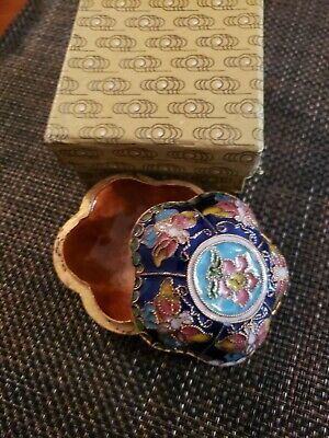 Vintage Antique Asian Enamel Cloisonne Trinket Box Snuff Box In Original Box