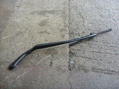 BMW E90 Windscreen Wiper Arm Passenger LH Side  2005-2011 61.57 7171642