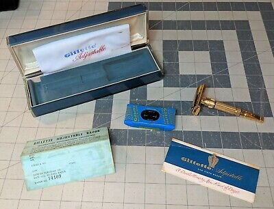 Gillette Toggle F4 Safety Razor with case and docs red dot adjustable 1960