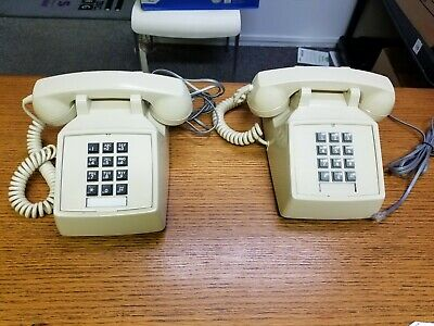 2 VINTAGE ITT PUSH BUTTON PHONE TOUCHTONE DESK TELEPHONE Almond colored