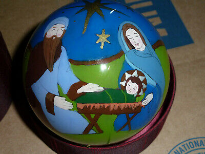 NEW HAND PAINTED 4in GLASS CHRISTMAS BALL ORNAMENT NATIVITY SCENE 2007 w/ CASE