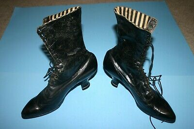 Antique Victorian Edwardian Women's Right Fit Leather  High Top Shoes