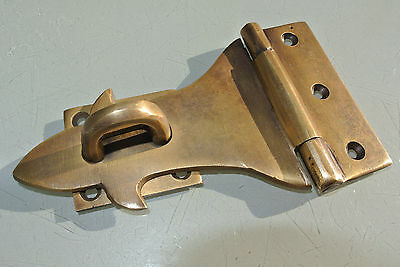 small box catch hasp latch old style BOX antiques DOOR heavy screws staple 12 cm