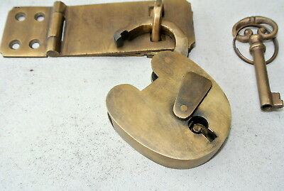 box & padlock catch hasp latch vintage style house DOOR Key heavy rectangle