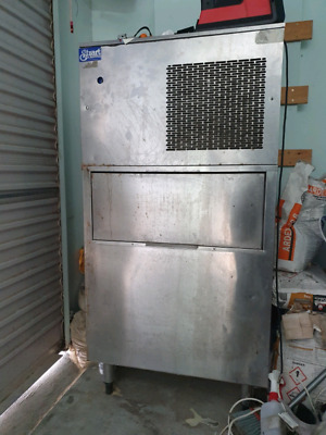 Ice Machine Cafe/Bar  Chairs Restaurant Takeaway Shop For Sale
