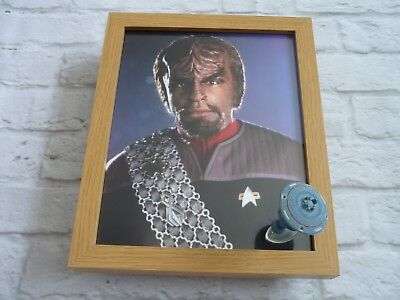 Star trek Framed glossy photo + micro machines spaceship Worf space station