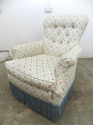 antique,victorian,button back,chair,arm chair,feather cushion,castors,fringed