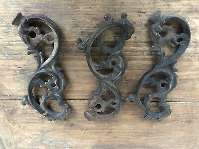 Set Of 3 Antique Cast Iron Corbels Brackets
