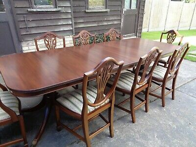 Large Mahogany Regency Style Dining Table  And 8 Matching Chairs