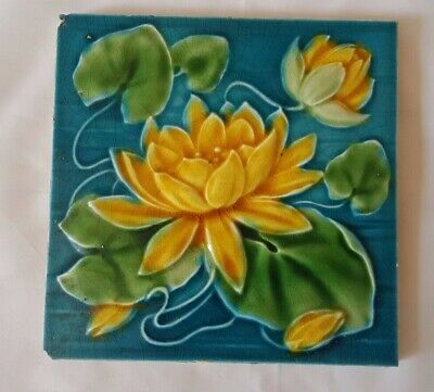 English Majolica Period Aesthetic Lily Themed 6 Inch Tile