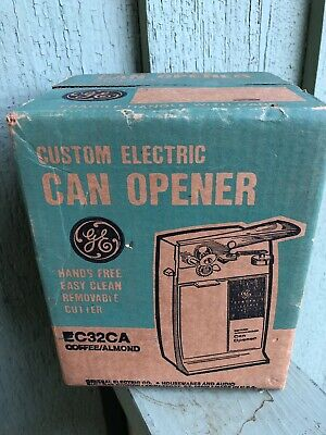VINTAGE GE GENERAL ELECTRIC CUSTOM CAN OPENER EC32A New In BOX COFFEE ALMOND