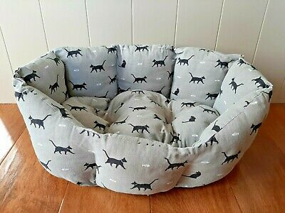 Sophie Allport Cushioned Cat Bed Water & Stain Resistant Machine Washable