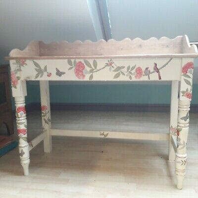 Stunning Vintage / Antique Decoupage chinoiserie pine desk or side table