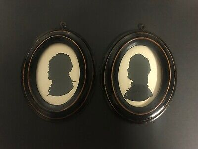 Antique 19th Century Victorian Pair of Painted Silhouettes In Ebonised Frames