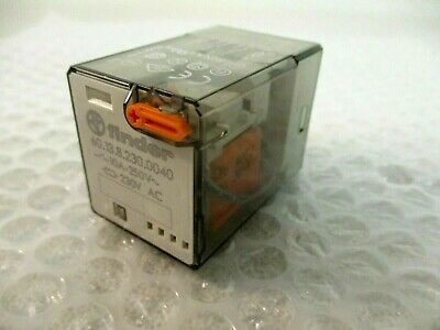 Finder 60.13.8.230.0040 Relay 230Vac, Used =