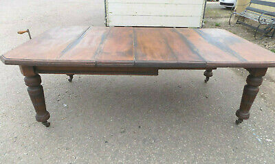 antique,victorian,oak,extending,wind out,dining table,turned legs,castors,table
