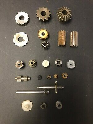 Lot of 23 Small Metal Industrial Machine GEARS COGS - Steampunk Lamp Craft Robot